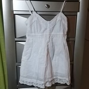 White sleeveless Blouse Fully Lined Small
